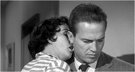 Kiss Me Deadly: Criterion Collection DVD Review